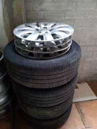 Rodas aro 15 / 5 Furos com pneus
