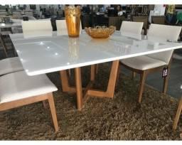 Mesa com 8 Cadeiras em Madeira Direto da Fábrica!
