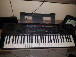 Vendo teclado em Ipatinga MG