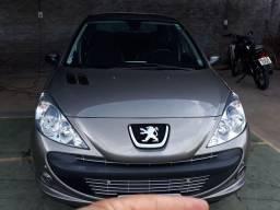 Peugeot 1.6 XS automático top 2.010. Melhor que pálio e gol. Relíquia, zero!!