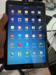 Vendo Tablete Tab E, Funcionando perfeitamente apenas com marcas de Uso