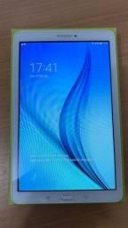 Tablet Samsung T561M Wifi + 3G
