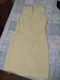 Vestido curto amarelo tam 42