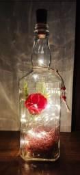 Título do anúncio: Luminária de Mesa em Led's - Rosas Vermelhas.