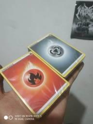 100 cartas de energia pokemon lacrada