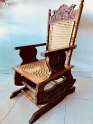 Relíquia - Cadeira de Balanço com molas
