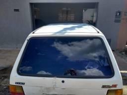 Fiat Uno 2000, documentos em dia