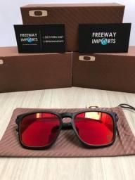 Óculos de sol Oakley Latch squared Ferrari polarizado