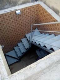 Título do anúncio: Telhado, escada portão