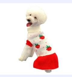 Vestido Pet  Inverno Com Desenhos De Morangos Feito Em Lã