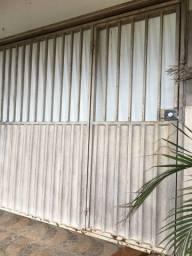 Vendo Portão de Ferro Basculante com Porta 3.10x2.10
