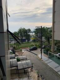 Título do anúncio: Sala living dividida, sistema Flat, com varanda, predio de frente a praia do itarare,