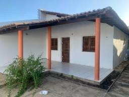 Título do anúncio:  Oportunidade  casa em Itapuã  2/4