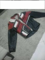 Jaqueta motocicilsta em couro legitimo