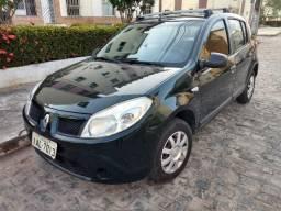 Renault Sandero conservado - 2010