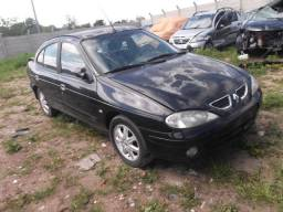 Sucata Renault Megane 2.0 Sedan 2005 Para Retirada de Peças!