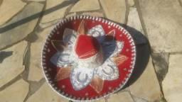 Chapéu mexicano original e outros
