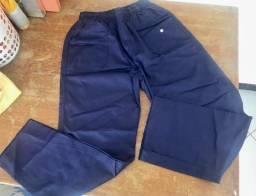 Calças e bermudas tipo uniforme