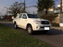 Toyota Hilux, cabine dupla, SRV D4-D 4x4 3.0 TDI, Diesel, Automática - 2011