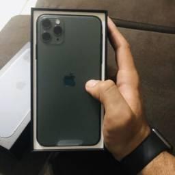 IPhone 11 pro max (verde militar)