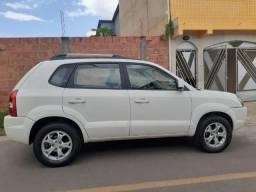 Hyundai Tucson 2.0 Aut. Flex / apenas 29.130 km (71) 9  * - 2015