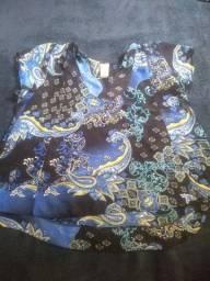Blusa azul transparente