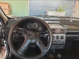Corsa sedan Life 1.0 4 portas
