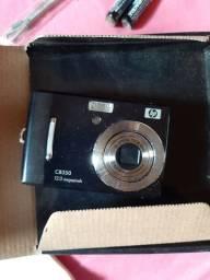 Vendo câmera digital CB 350 na caixa.