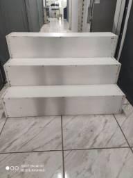 Expositor vitrine modelo escada