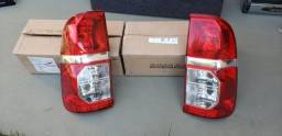 Lanterna traseira Toyota Hilux