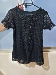 Camiseta social preta, P