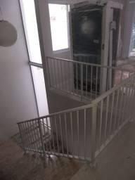Vendo Proteção de Alumínio para escada