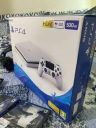 Playstation 4 - Branco Slim