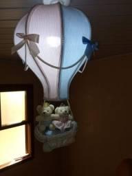 Lustre pendente para quarto de bebê