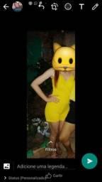 Macacão amarelo