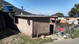 2 quitinetes no bairro MEIO DA SERRA