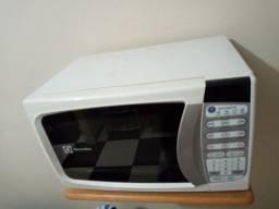 Microondas para retirada de peças ou arrumar