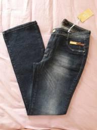Calça jeans nova 46. R$ 40,00