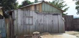 Casa para retirada das madeiras