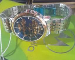 Relógio automático importado