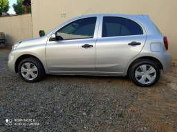 Nissan march 1.6 completo ano 2016/17