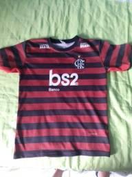 Linda camisa do Flamengo semi nova pra vender hj