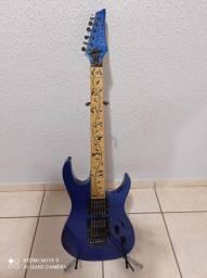 Guitarra com ponte floyd rose Golden FGH 88