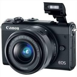 Camera Mirrorless Canon REBEL EOS M100 com lente 15-45mm NOVA NA CAIXA