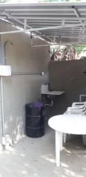Alugo casa de 1 dormitório