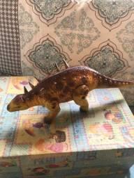 dinossauros a pilha