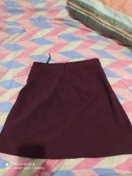 Mini saia vermelha