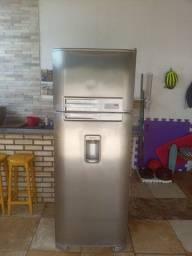Geladeira Electrolux degelo 490 litros R$ 1100.00!!