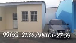 Casa pronta para morar, 2 dormitórios sendo 1 suíte, 3 vagas na garagem. Redl.fechado