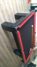 Mesa Charme de Bilhar Cor Preta Tecido Preto e Borda Vermelha Mod. ANAL5769